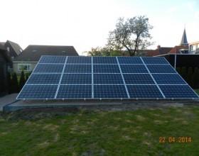 Tuinopstelling zonnepanelen te Eernewoude